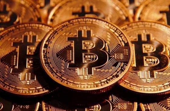 quanto costa 100 bitcoin)